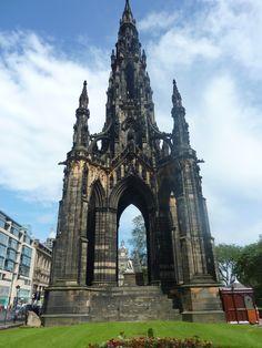 Scott Monument in Edinburgh Scotland Uk, Edinburgh Scotland, Scotland Travel, Scott Monument, Edinburgh Castle, Beautiful Places To Travel, Space Travel, British Isles, Dream Vacations