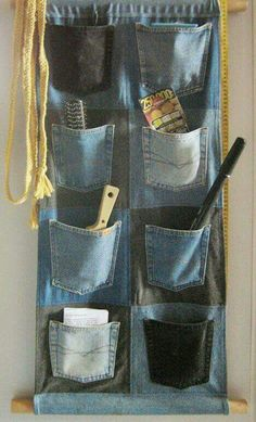 Jeans Wall Pockets by on DeviantArt - Jeans Wall Pockets by on DeviantArt Dont throw away old jeans that are torn. I plan on making this for the tack room of the horse trailer! Diy Jeans, Jean Crafts, Denim Crafts, Sewing Hacks, Sewing Crafts, Sewing Projects, Sewing Ideas, Artisanats Denim, Denim Purse