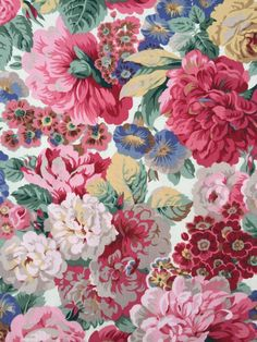 Sanderson Roses & Peonies Lined Curtain Fabric by mrsrocksbackroom Wallpaper Hp, Fabric Wallpaper, Flower Wallpaper, Pattern Wallpaper, Wallpaper Designs, Vintage Floral Fabric, Vintage Fabrics, Fabric Decor, Curtain Fabric