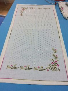 """Neşe Yaşar Balcı """"This post was discovered by Geo"""" Cross Stitch Heart, Cross Stitch Borders, Cross Stitch Flowers, Cross Stitch Patterns, Christmas Embroidery Patterns, Embroidery Patterns Free, Hand Embroidery Designs, Bargello Needlepoint, Hardanger Embroidery"""