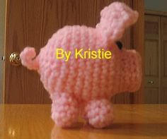 Free pig pattern...does not link..here is link...http://www.crochetville.org/forum/showthread.php?t=27147