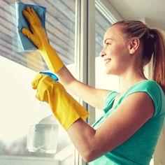 Auch festgebrannter Schmutz im Ofen hat keine Chance gegen dieses Wundermittel mit einer Backzutat, die auch ihr bestimmt schon in der Küche habt!