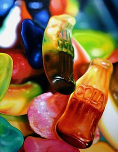 Amazingly realistic oil paintings by Sarah Graham