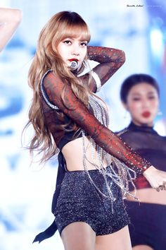 Billedresultat for blackpink mma 2018 lisa Kpop Girl Groups, Korean Girl Groups, Kpop Girls, Lisa Bp, Jennie Lisa, Yg Entertainment, K Pop, Michael Jackson, Rapper