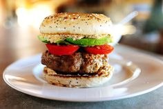 Turkey Bagel Burger from The Pioneer Woman. Take out the bagel, change turkey to pastured beef for something even more wonderfuller. Turkey Burger Recipes, Turkey Burgers, Chicken Recipes, Baked Chicken, Great Recipes, Favorite Recipes, Yummy Recipes, Dinner Recipes, Hamburgers