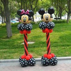 Brand Name: LQDIANTANGType of Wholesale: NOShape Style: Cartoon AmnimalShape Style: Cartoon FigureShape Style: ROUNDModel Number: 1936Set Type: YESOccasion: Wedding & EngagementOccasion: Christening & BaptismOccasion: Gender RevealOccasion: Birthday PartyOccasion: PartyClassification: BallonMaterial: Aluminium FoilNumber of Pcs: 28pcsis_customized: Yes Ballons Mickey Mouse, Mickey And Minnie Cake, Mickey 1st Birthdays, Mickey Mouse Decorations, Mickey Mouse Clubhouse Birthday Party, Mickey Mouse Parties, Mickey Birthday, Birthday Party Decorations, Toddler Girls