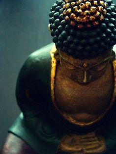 Med·i·ta·tion Temp·ta·tion- Inner, outer peace through yoga, food, and meditation. Zen Meditation, Sitting Meditation, Namaste, Art Zen, Little Buddha, Buddha Zen, Buddha Peace, Buddha Buddhism, Buddha Quote