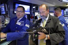 US Financial Markets - skidding tech stocks and retail stocks take US stocks lower  NEW YORK/June 15, 2017 (AP)(STL.News) — U.S. stocks fell Thursday as technology firms and small companies skidded. Investors bought high-dividend stocks, which pull...