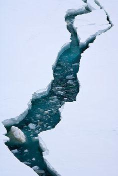 Crevasse, glacier, ice flow, ice melt, riverine, cold, frozen, global warming, arctic, antarctic, adventure, white, line, nature, blue, design, diagonal,