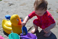 Lots of fun with Huge duck and Scrunch-bucket...