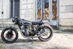 Honda Cb, Motorcycle, Classic, Vehicles, Design, Derby, Rolling Stock, Motorcycles, Classical Music