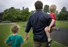 kinderspychiaters zien bij jonge kinderen onder 6 jaar vaker scheidingsangst, depressieve gevoelens, problemen om te slapen, eczeem en agressiviteit. Kinderspychiaters promoten geen co-ouderschap