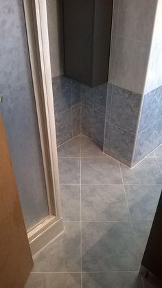 ristrutturazione nuovo bagno. Rivestimento: azzurro www.ldservices ...