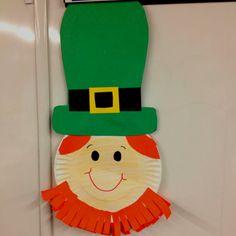 Leprechaun Craft - How To Make Things Diy St Patrick's Day Crafts, St Patricks Day Crafts For Kids, March Crafts, Easy Crafts For Kids, Spring Crafts, Holiday Crafts, Arts And Crafts, Kids Diy, Daycare Crafts