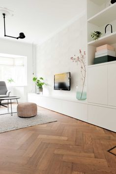 Ein Blick in # & # 30 # home # – - Moderne Inneneinrichtung Living Room Tv, Interior Design Living Room, Home And Living, Living Room Designs, Nordic Interior Design, Muebles Living, Home And Deco, Cool Rooms, House Design