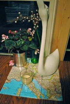 #decoupage maps on #tiles: favorite vacation spot, where you met, first house, ancestor homeland...