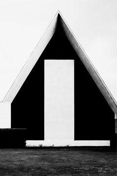 Ananas à Miami: Architecture Photography by Nicholas Alan Cope