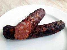 Recept a postup na domácí klobásy k uzení. Jak vyudit maso. Salami Recipes, Sausage Recipes, Czech Recipes, Smoker Recipes, Smoking Meat, Food 52, Bacon, Food And Drink, Homemade