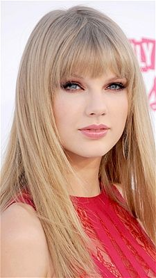 """Taylor Swift's are M-shaped--long on the sides and in the middle--a cut that gives a round face angles. Bangs should be long enough to """"curve with the eyebrows,"""" says pro Oscar Blandi. Bob Hairstyles With Bangs, 2015 Hairstyles, Hairstyles For Round Faces, Trendy Hairstyles, Straight Hairstyles, Bob Bangs, Layered Hairstyles, Celebrity Hairstyles, Wedding Hairstyles"""