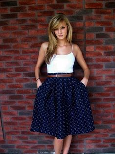 Gorgeous Skirt Work Outfits For Office Women (45)