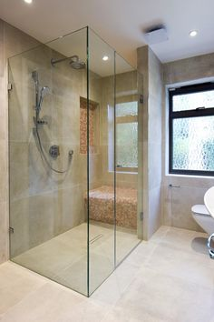 39 Creative Small Bathroom Glass Shower Design Ideas That Will Make More Enjoyable When Take Bath - Nowadays the life is running faster than ever, when everybody are in hurry to complete their daily duties. After a hard day at work you certainly are . Shower Tile, Glass Bathroom, Shower Doors, Bathroom Interior, Minimalist Bathroom, Frameless Shower Enclosures, Bathrooms Remodel, Bathroom Shower Design