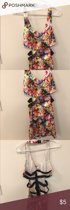 Mustard Seed floral backless dress, size m Backless dress: polyester, cotton and spandex. Zip up. Perfect for going out in Vegas! Worn once. Mustard Seed Dresses Backless