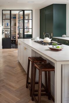 Kitchens designed and made by Kitchens by Hollways are full of character and individuality, combining kitchen design with a full kitchen extension building service to provide seamless implementation. Discover more from our experts at thedecorcafe.com  #decorcafe #kitchen #interior #design #lighting #storage #ideas #industrial #style #wooden #floors Latest Kitchen Trends, Handleless Kitchen, European Kitchens, Two Tone Kitchen, Kitchen Display, Furniture Design, Painted Furniture, Minimalist Kitchen, Kitchen Interior