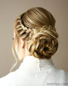 lace-flower-bun-updo