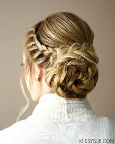 lace-flower-bun-updo