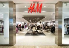 Top 20 Stores That Offer Student Discounts - The Krazy Coupon Lady H&m Clothing Store, H&m Store, Store Coupons, Retail Coupons, Her Campus, Recycling Programs, H&m Gifts, Student Discounts, Shop Plans