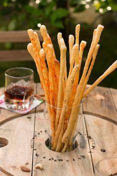 GRISSINIS de Hierbas, Sésamo y Pimiento de Espelette.   Sweet And Sour