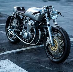 """takesabeating: """" red-faced-wolf: """" rhubarbes: """" Paolo Tesio Texdesign More bikes here. """" @takesabeating """" Is this like some deranged Ducati built for ice racing or for the end of civilization? """""""
