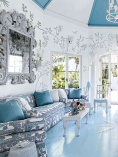 Miles Redd is known for his quirky brand of cosy glamour. His unique aesthetic vision is characterized by playful mélanges of high and low, invigorated with whimsical splashes of colour and modern gestures. http://www.home-dzine.co.za/decor/decor-milesredd.htm
