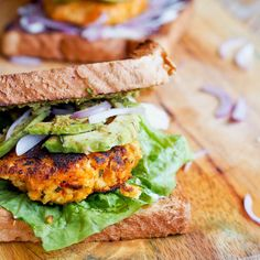 7 ingredient 30 minute vegan sweet potato tofu burger recipe makes for a perfect meatless meal. Soft, tender inside and lightly crispy outside.