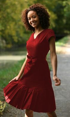 Love the rich red and the flattering fit of this dress.