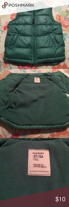 Kids old navy puffer vest Old navy puffer vest boys size 2T. Great condition. Old Navy Jackets & Coats Puffers