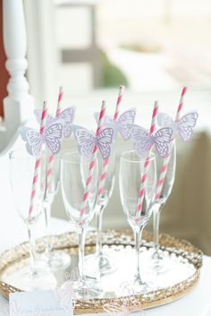 butterfly garden An elegant Tea Party is a lovely theme for a bridal shower! This Butterfly Garden themed shower is full of perfectly whimsical ideas for decorations, favors, centerpieces, food and cake! Check out all the gorgeous details! Butterfly Party Decorations, Butterfly Garden Party, Butterfly Birthday Party, Butterfly Baby Shower, Tea Party Decorations, Girl Baby Shower Decorations, Tea Party Birthday, Garden Theme Birthday, Butterfly Party Favors