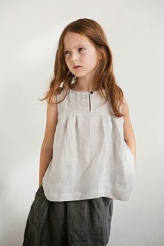 Top- style and material Little Girl Fashion, Little Girl Dresses, Toddler Fashion, Fashion Kids, Girls Dresses, Style Baby, Look Girl, Kid Styles, Sewing For Kids