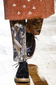 Dries Van Noten Fall 2013 Ready-to-Wear Collection Slideshow on Style.com