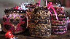 Kiss Kiss Bags FREE Knitting Pattern