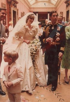 Princess Diana and Prince Charles Unseen Wedding Photos - Rare Photos From Princess Diana and Prince Charles' Wedding