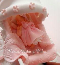 detalle de torta baby shower, elaborado por MONICA PASTAS Y DULCES.