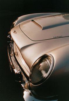 Classic DB5 Aston Martin.