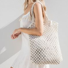 Our crochet designed, macrame tote is the perfect beach bag. Made from cotton cord, our Macrame Tote is durable, soft and comfortable to use all summer. Tote Bags For College, The Beach People, Stone Cold Fox, Macrame Bag, Macrame Design, Macrame Patterns, Cotton Bag, Crochet Designs, Women's Accessories