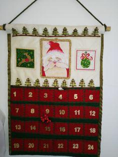 calendario dell'avvento in stoffa cucito a mano