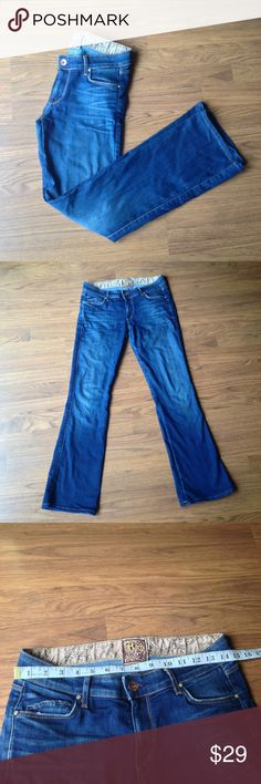 "Rich & Skinny jeans size 28 bootcut low rise Rich and skinny jeans size 28. 30"" inseam. Has Wear at feet. Rich & Skinny Jeans Boot Cut"