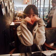 Happy Birthday to SNSD's TaeYeon! Sooyoung, Yoona, Snsd, Girls Generation, Generation Photo, Kpop Girl Groups, Korean Girl Groups, Kpop Girls, My Girl