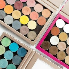 Happy Wednesday Muggies! What shades are you wearing today? Show us your look using #makeupgeekcosmetics & #makeupgeek!!  #zpalette #makeup #eyeshadow Photo by: @ntrombleyphoto by makeupgeekcosmetics