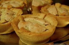Delicious Norwegian short cake pies