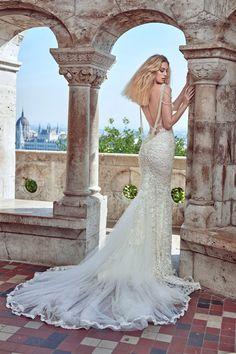 WedLuxe– Galia Lahav – Fall 2016 |  Follow @WedLuxe for more wedding inspiration!